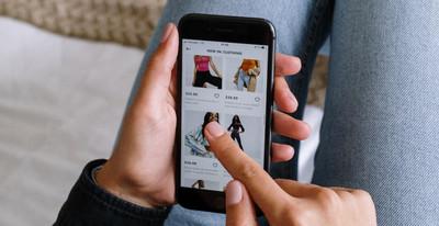 Main digitalizzazione punto vendita